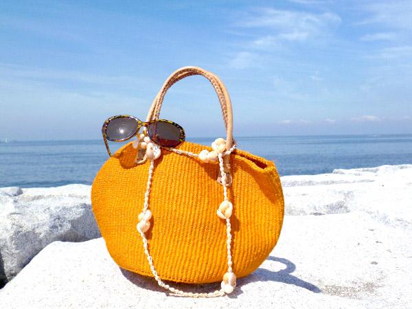 夏素材(カゴ・布)バッグを汚れにくくさせるためのファーストケア
