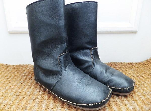 高温多湿の夏を乗り切る!冬物ブーツの保管前の上手なお手入れと保管場所は?